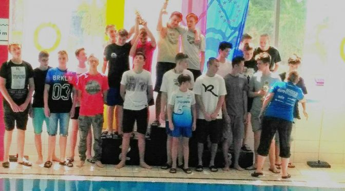 Mistrzostwa wojewódzkie-pływanie drużynowe GIMNAZJADA 2017